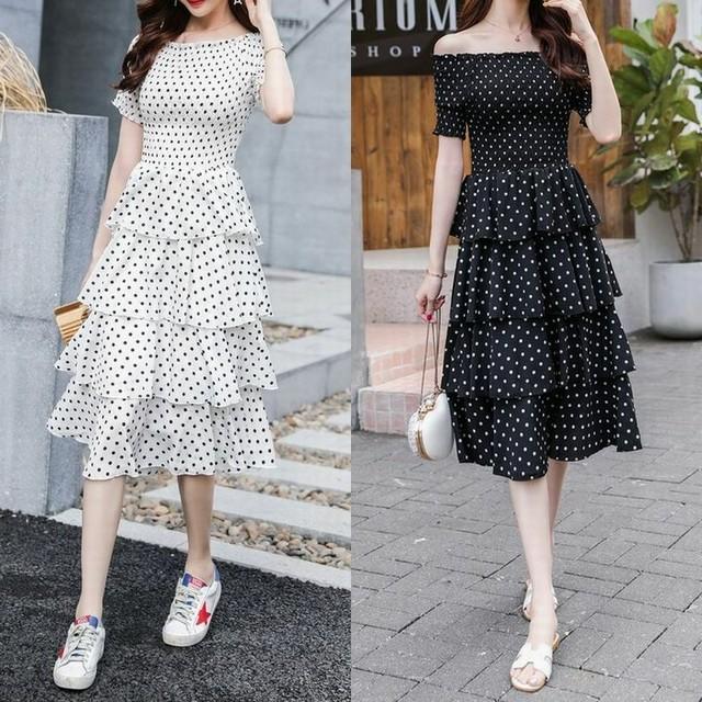 レディース ドット柄 4段フリルワンピース  オフショルダー ティアード フェミニン 春コーデ 夏コーデ / Waist Slim Chiffon Word Shoulder Polka Dots Cake Skirt Dress (DCT-592639253356)