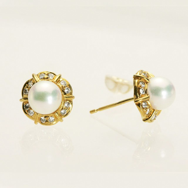 ゴージャスパール&ダイヤモンドのピアス K18