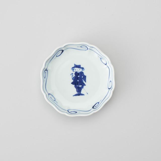 """【青花】""""クラシック異人"""" 八方割小皿(ステッキ異人)"""