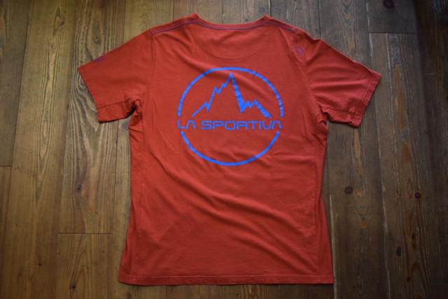 USED スポルティバ ロゴTシャツ 赤 XL