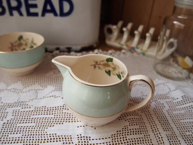 陶器製クリーマー