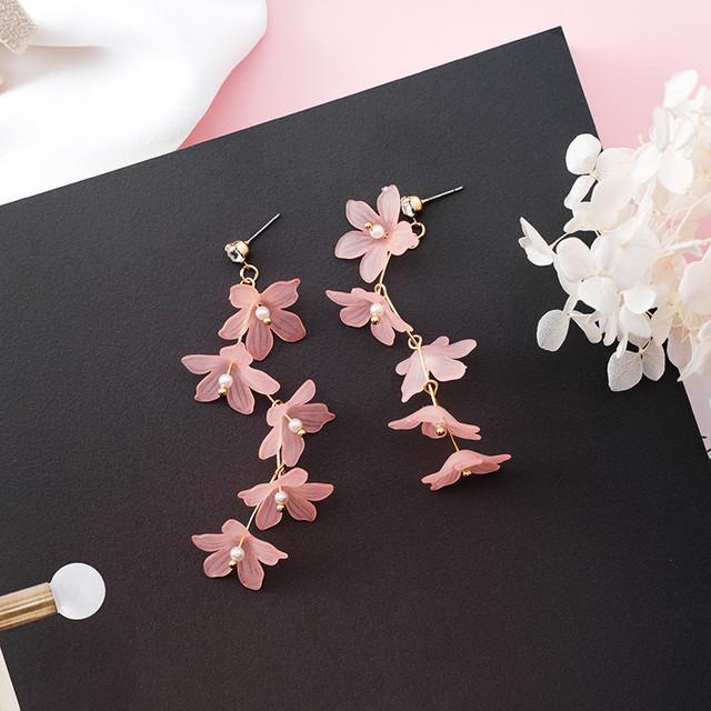 5連♡お花の雫ピアス ピンク
