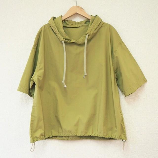 sporty shirt hoodie
