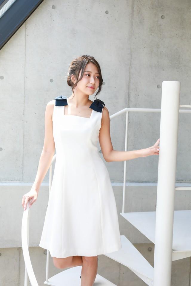 shoulder ribbon A-line dress
