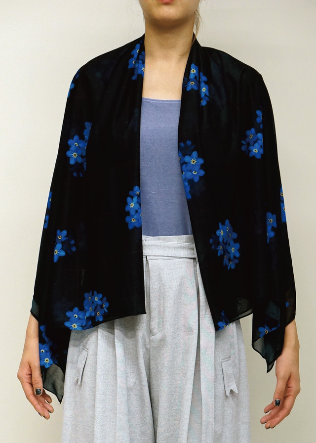IN-BLOOM STOLE