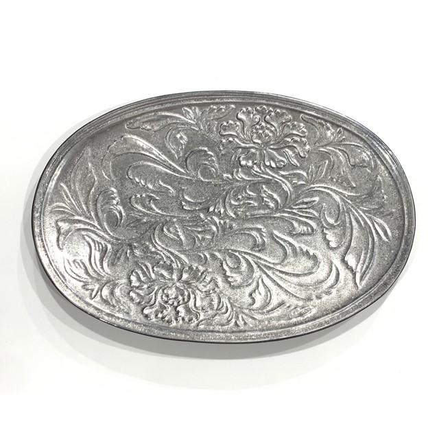 銀塗  花唐草彫楕円皿 30cm