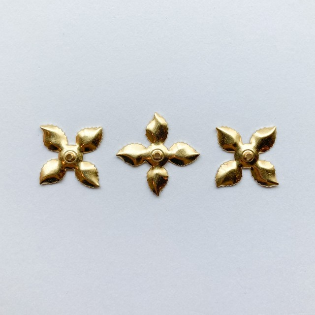 USA真鍮 シンプルリーフのタッセルキャップ