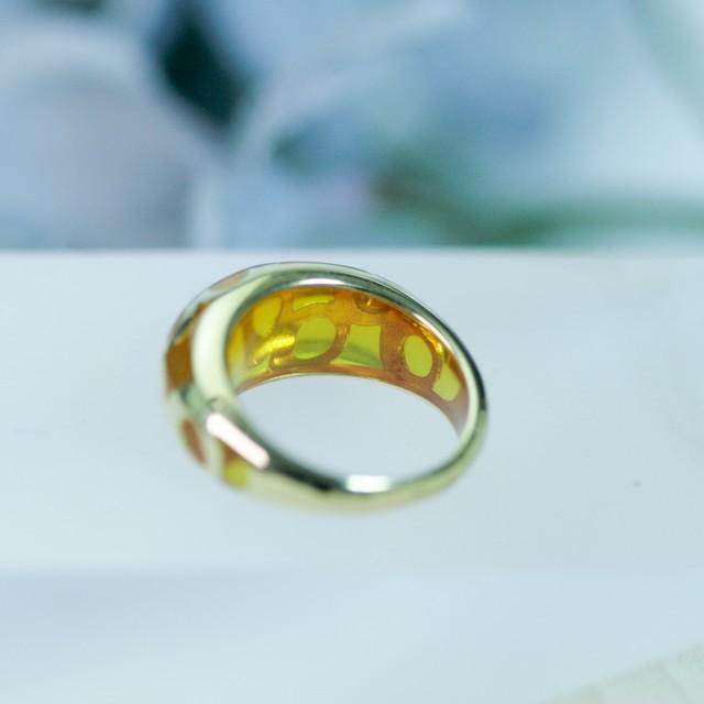 黄色いレジンのリング K18