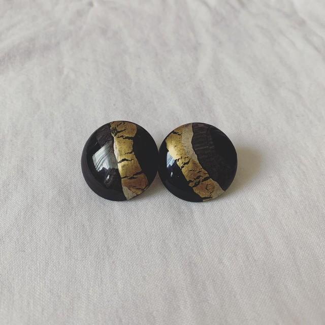 vintage design earring