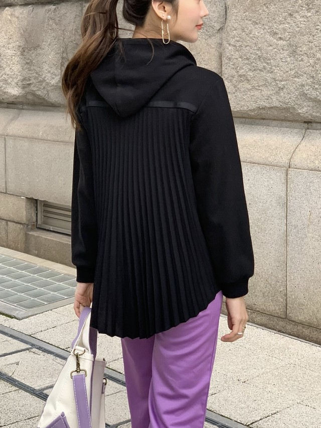 back pleats hoodie / black (即納)