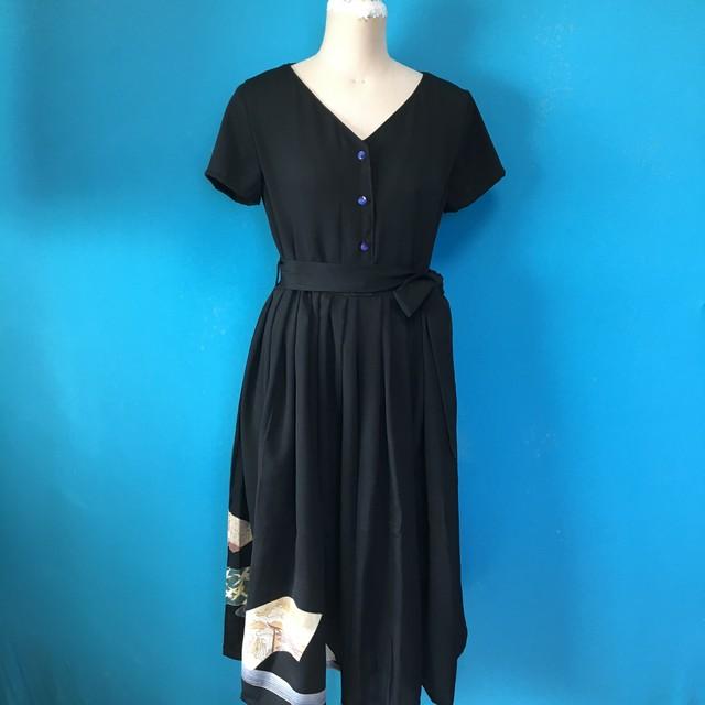Vintage black dress vネック