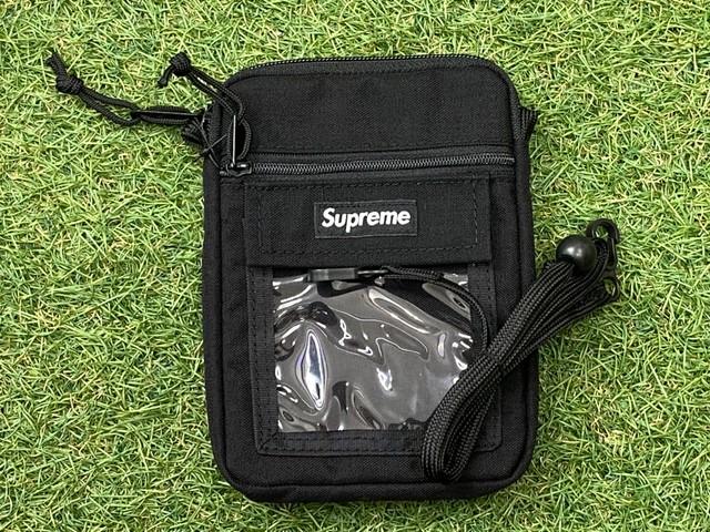 Supreme UTILITY POUCH BLACK 30KF6802