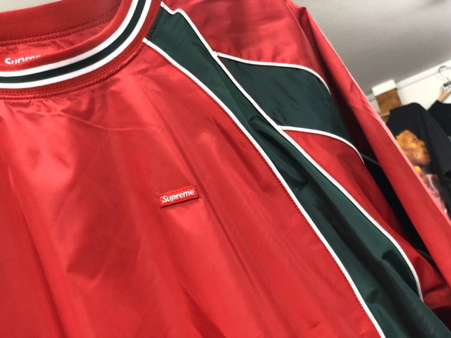 Supreme Piping Warm Up Pullover MEDIUM RED 70JE5990