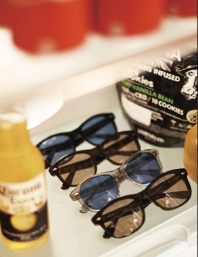 EVILACT eyewear ''CYCLONE'' (調光レンズ)