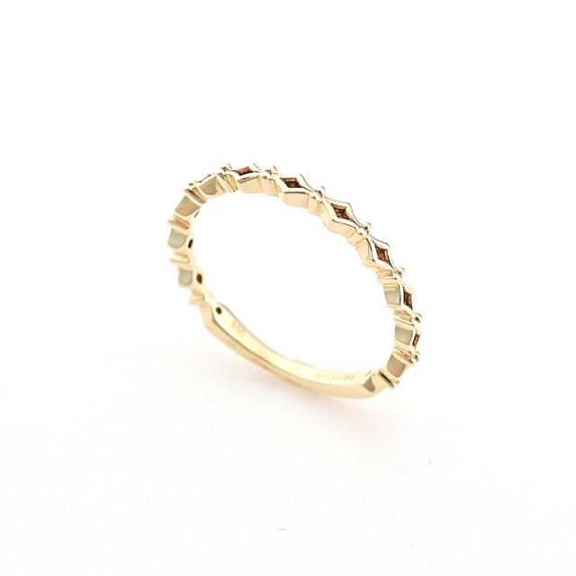 pinky ring rhombus