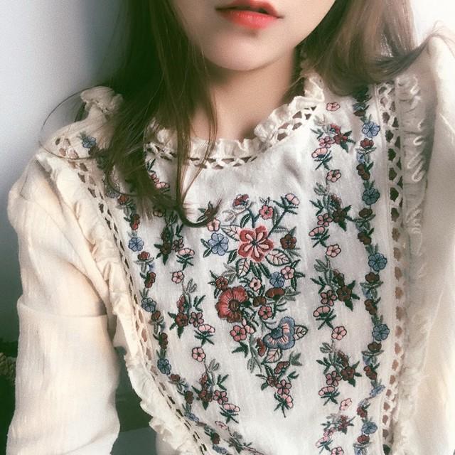 レトロフローラル刺繍シャツ 1608