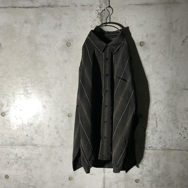 [used] 2XL dark tone striped shirt