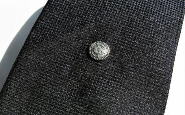 SV [10mm]織田木瓜タイタック【いぶし仕上げ】