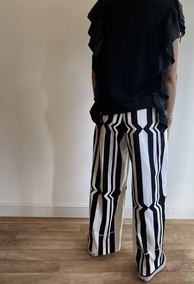 pelleq   [COTTON SILK HAND PRINTED TROUSERS]