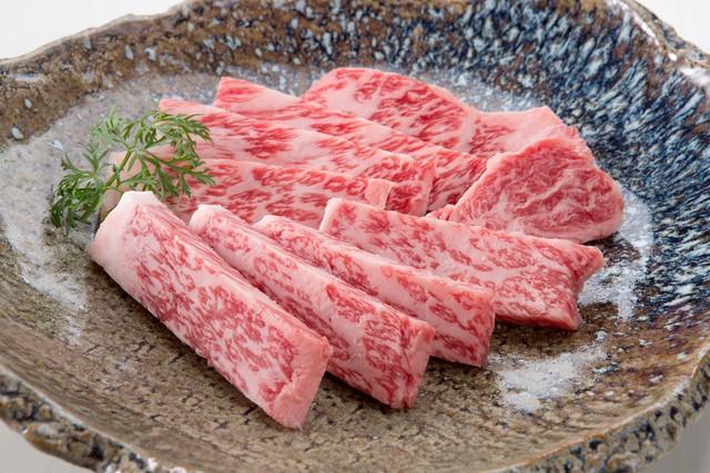 黒毛和牛サーロイン焼肉(A4〜5等級)/石川はちみつ牛