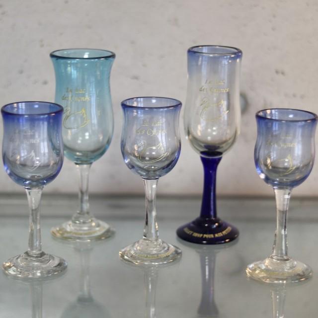 オリジナル琉球ガラス:ワイングラス スワン1