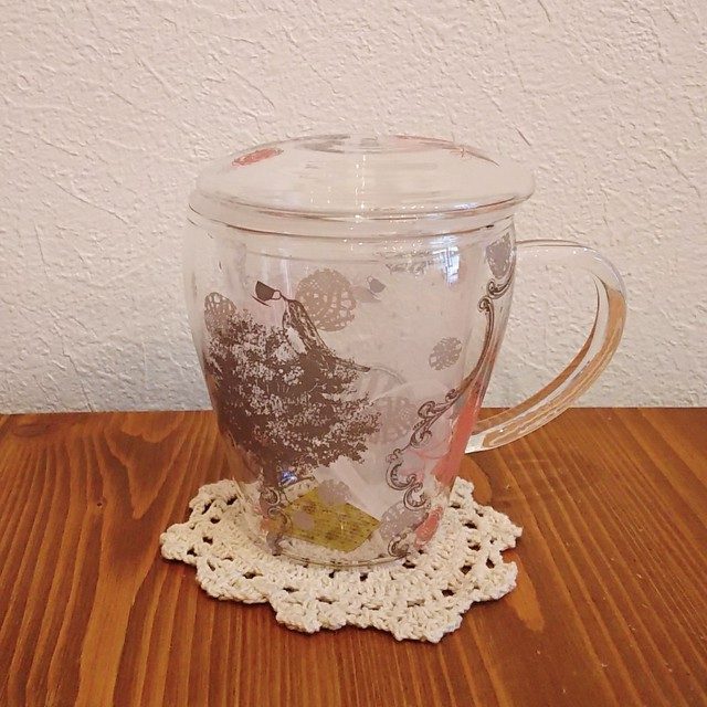 茶こし付きガラスのハーブティーカップ ガールズ・デイ・ドリーム・ローズ