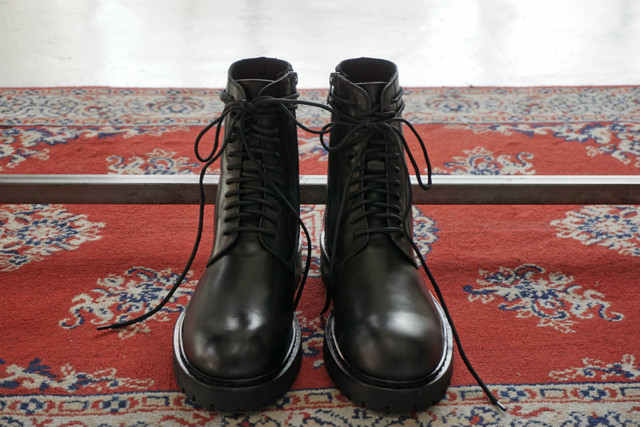 ANN DEMEULEMEESTER / LACE UP BOOTS / BLK