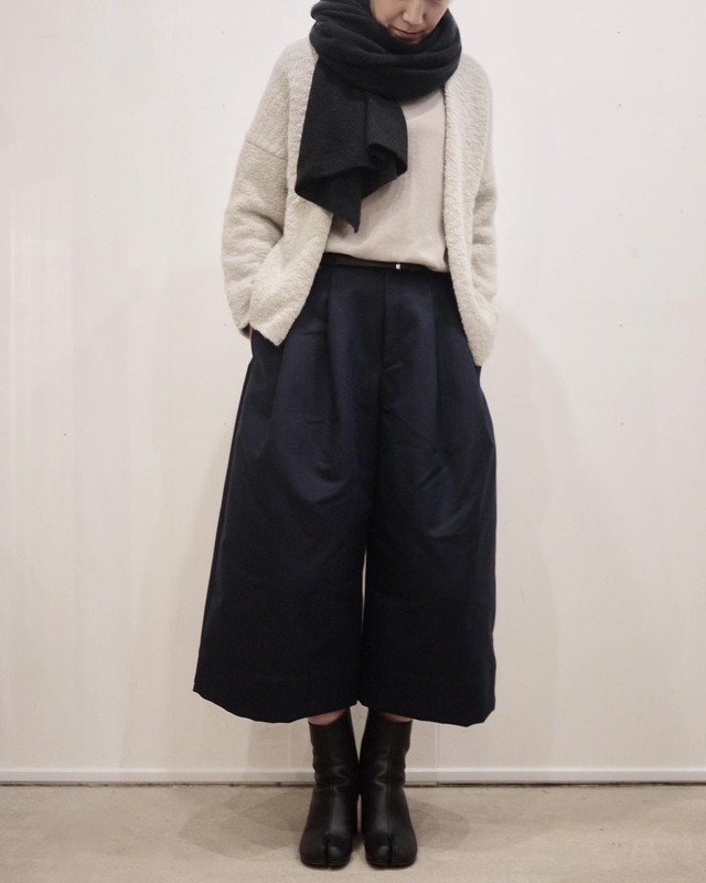 TENNE HANDCRAFTED MODERN  Round pants
