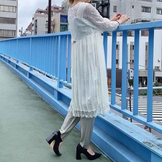USA  vintage lace×pleats gown