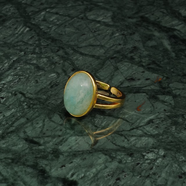 OVAL BIG STONE RING GOLD 010