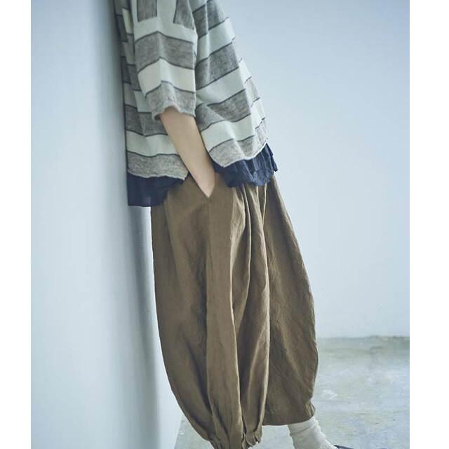 【tumugu:】TB21203  フレンチリネン裾タックパンツ