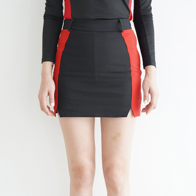 Double slit skirt (Red)
