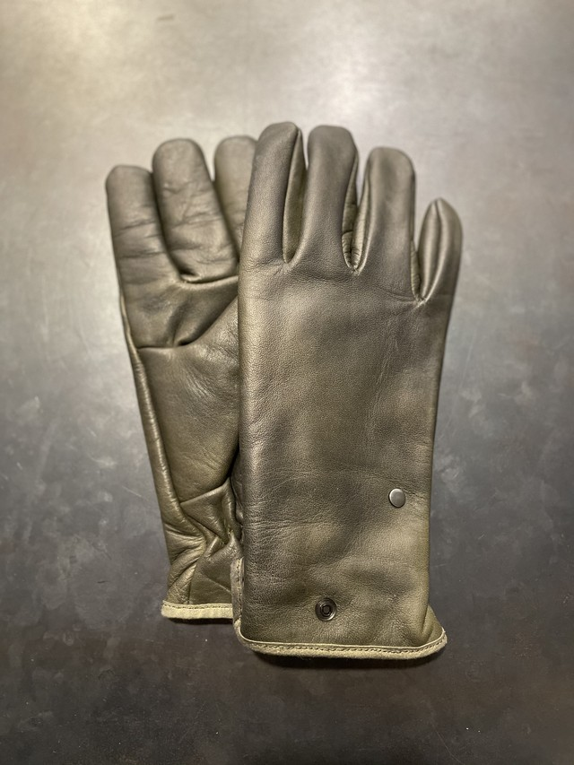 TrAnsference black coated leather gloves - dark forest