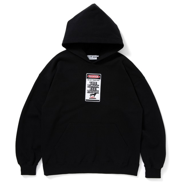 BLACK EYE PATCH / DANGER HOT LABEL HOODIE