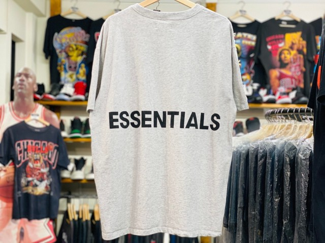 ESSENTIALS BOXY S/S  LOGO TEE GREY MEDIUM 25JH7921