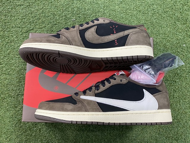 NIKE × TRAVIS SCOTT AIR JORDAN 1 LOW OG SP-T 28㎝ CQ4277-001 755JE6176