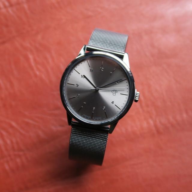 CHPO RAWIYA METAL swedish metal dial. metal mesh wristband.