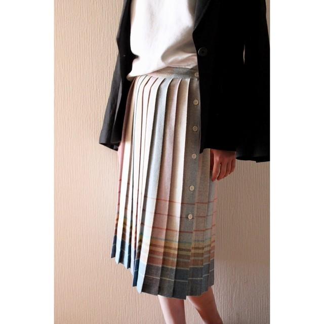Vintage rainbow color pleated skirt