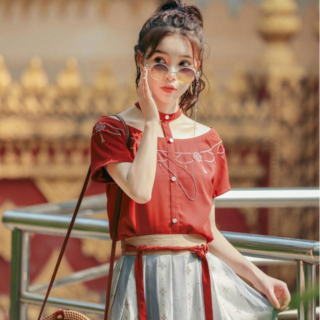 【森女部落シリーズ】★チャイナ風Tシャツ★ トップス 刺繍 半袖 漢元素 レッド 赤い デザインいい 可愛い 勝負服