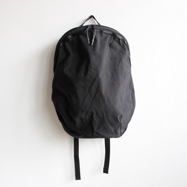 《MOUNTEN. 2020SS》daypack 10L / black
