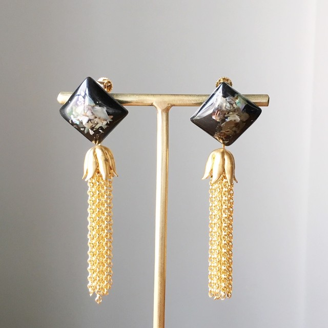 Black Square beads with gold chain tassel earrings