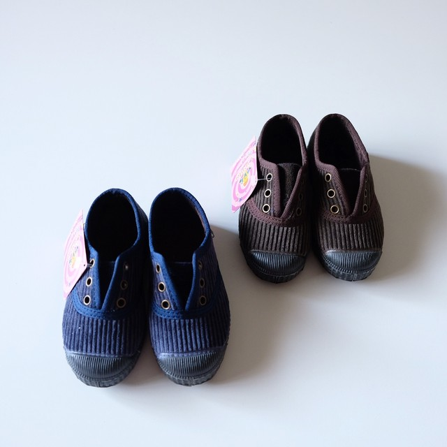 Cienta CORDUROY DECK SHOES(全2色/21(12.5cm)〜32(20cm)サイズ展開)