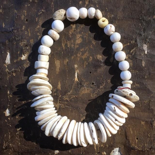 シェルパ族 古い山珊瑚ヒマラヤン・ビーズ