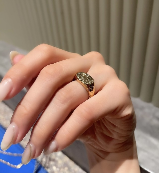 UCR-9G Marble Ring
