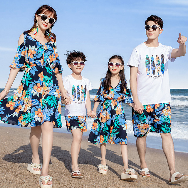 各種ビーチウェア、親子ウェア、母子ウェア、サマースーツ、海辺の3人家族、4人家族、夏のファミリーウェア 夏物 贝丽西旗舰店 贝丽西旗舰店22862292357