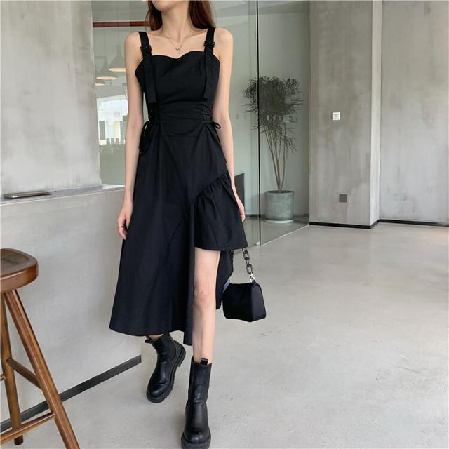 ワンピース アシンメトリー 不規則デザイン 韓国ファッション レディース オープンショルダー サスペンダースカート ハイウエスト 大人カジュアル 大人可愛い ガーリー / Sling dress black suspender skirt (DTC-622524123281)