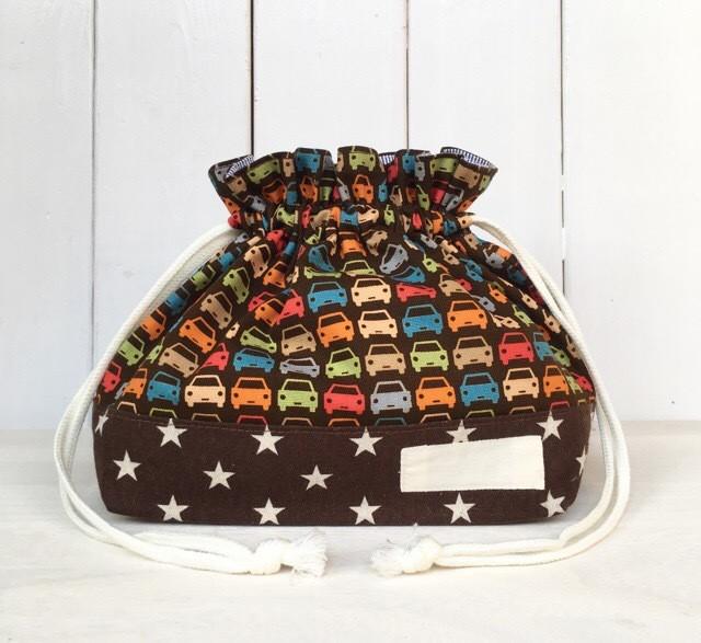 お弁当袋 チョコベース カラフル車×チョコ白スター