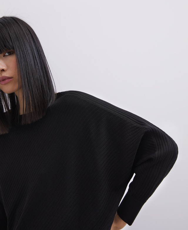 RIBBED KNIT SWEATER WITH BAT SLEEVE [253153083102]