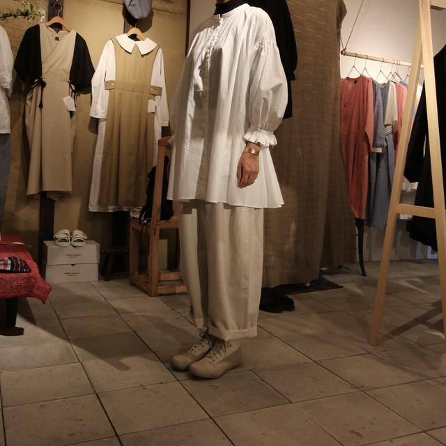 Suie(スィ)Volendam Tuck Pants フレンチリネン black 【ご予約商品】