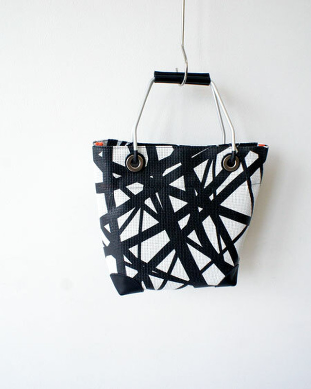 KINCHAKU BAG  /  JANE SMITH